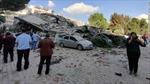 Sóng thần sau trận động đất ở Hy Lạp, hàng chục toà nhà đổ sập