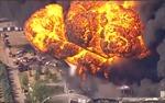 Sơ tán khẩn cấp sau vụ nổ nhà máy hóa chất tại Mỹ