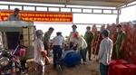 Cảnh sát biển hỗ trợ nước ngọt cho nhân dân Bến Tre