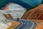 Ký kết hợp đồng BOT cao tốc Bắc-Nam, đoạn Cam Lâm - Vĩnh Hảo