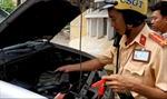 Chiến sĩ cảnh sát giao thông trở thành bạn hữu với cánh tài xế