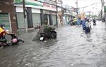 TP Hồ Chí Minh tiếp tục mưa lớn, nhiều tuyến đường bị ngập nặng