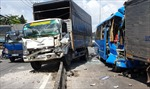 6 ô tô đâm liên hoàn, nhiều người bị thương