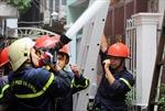 Cháy nhà ở trung tâm TP Hồ Chí Minh, cả khu phố hoảng loạn