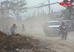 'Ngộp thở' khi đi qua tuyến đường bụi mịt mù ở TP Hồ Chí Minh