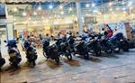 TP Hồ Chí Minh: Quán nhậu chật kín khách sau khi được phép mở trở lại