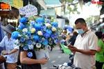 Chợ hoa lớn nhất TP Hồ Chí Minh nhộn nhịp trước ngày 20/10