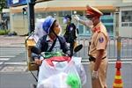 TP Hồ Chí Minh lý giải vì sao có đến 50 F0 được cấp giấy đi đường