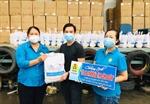 TP Hồ Chí Minh: Hàng ngàn túi an sinh tiếp tục được trao cho người dân