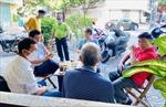 TP Hồ Chí Minh: Hàng quán tấp nập trong ngày đầu mở cửa phục vụ tại chỗ