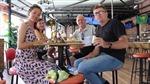 Người nước ngoài yên tâm ăn Tết ở Việt Nam