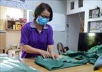'Hậu phương' vững chắc trong phòng, chống COVID-19 - Bài 2: Những tấm áo blouse gửi tặng 'tiền tuyến'