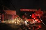 Khống chế đám cháy lớn tại công ty thiết bị điện ở Hải Phòng