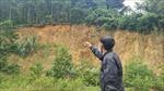 Thanh Hóa: Nơm nớp lo sạt lở từ vết nứt sâu, dài gần 100m trên sườn núi
