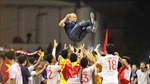 Bóng đá Việt Nam và ngày vui còn dài