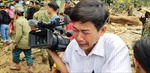 Chia sẻ nghẹn lòng của phóng viên bật khóc trong lúc tác nghiệp tại Trà Leng