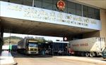 Hơn 38.000 xe hàng hóa được thông quan xuất khẩu qua các cửa khẩu biên giới phía Bắc