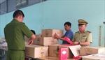 10.000 sản phẩm mỹ phẩm 'tàng hình' trong xưởng may mặc tại Bình Dương