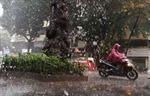 Miền Bắc có mưa lớn, miền Trung nắng nóng trên 38 độ C