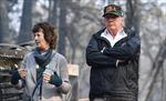 Tổng thống Trump đến hiện trường thảm họa cháy rừng California