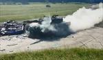 Video xe tăng nghiền nát ô tô BMW thành khói bụi