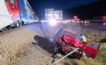 Video giải cứu lái xe bất tỉnh khỏi mũi tàu hỏa trong tích tắc
