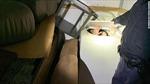 Dân Trung Quốc trốn trong máy giặt, tủ quần áo để nhập cư trái phép vào Mỹ