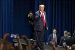 Tổng thống Trump đề nghị Quốc hội chi 2,5 tỷ USD chống COVID-19