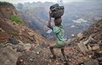 Nhức nhối tình cảnh trẻ em Ấn Độ phải bỏ học để đi làm vì dịch COVID-19
