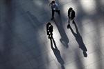 Tỷ lệ nam giới Nhật Bản tự tử tăng mạnh trong dịch COVID-19
