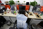 Nguồn cơn của phong trào lười lao động trong giới trẻ Trung Quốc