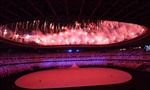 Lễ khai mạc Olympic Tokyo 2020 đặc biệt, với màn bắn pháo hoa rực rỡ sắc màu