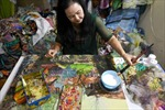 Hãng thông tấn Pháp đưa tin về nữ nghệ sĩ sáng tác tranh vải Việt Nam