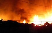 Cháy lớn tại tổng kho Sacombank