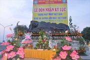 Tượng Phật bằng đá sapphire lập kỷ lục Việt Nam