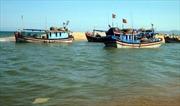 Cứu thành công tàu cá gặp nạn trên biển Cửa Đại