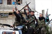 EU bỏ cấm vận vũ khí cho phiến quân Syria: Gậy ông có đập lưng ông?