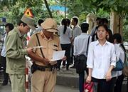 CSGT Hà Nội tìm nhà cho thí sinh khó khăn