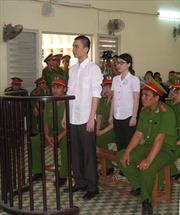 Xét xử phúc thẩm 2 bị cáo về tội tuyên truyền chống Nhà nước