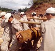 Anh hỗ trợ Việt Nam khắc phục hậu quả bom mìn