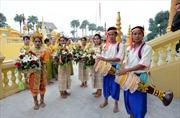 Bảo tồn trang phục dân tộc truyền thống: Vai trò quan trọng của cộng đồng