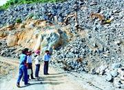Đóng cửa các mỏ đá ở núi Bà Đen