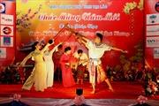 Việt kiều Lào vui đón Tết Giáp Ngọ 2014