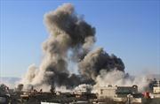Syria oanh kích thị trấn biên giới của Liban