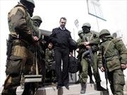 Lực lượng ủng hộ Nga chiếm sở chỉ huy Hải quân Ukraine ở Crimea