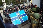 Lực lượng Crimea giành thêm một căn cứ hải quân Ukraine