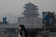 Trung Quốc tê liệt vì sương mù, khói bụi