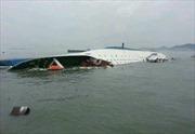 Còn gần 300 người mất tích trong vụ đắm tàu ở Hàn Quốc