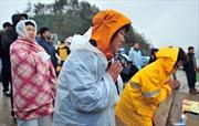 Thợ lặn vào được bên trong phà đắm tại Hàn Quốc
