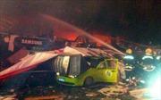 Nổ xe buýt ở Tứ Xuyên gây thương vong lớn